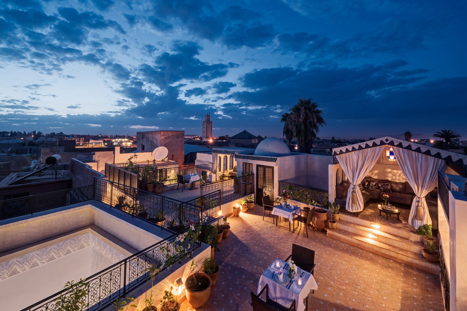 magical marrakech night sky from the riad star roof terrace